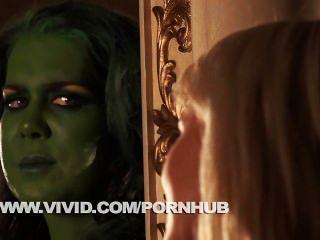 Ella Hulk Y Sexy Mujer Invisible Bajar Y Sucio Parodia