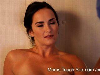 Las Mamás Enseñan El Sexo La Mamá Enseña A Los Hijos La Novia Cómo Coger