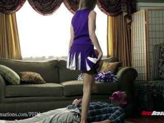 Nuevas Sensaciones Riley Reid Cheerleader Folla A Su Padrastro