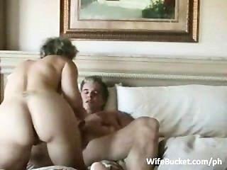 Pareja Mayor Goza De Sexo En Casa