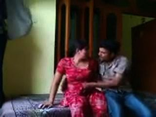 Punjabi Bhabhi En Rojo Salwar Fuck Show