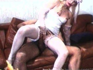 Moana Pozzi Y Ilona Staller Escena Hardcore De Sexo Mundial