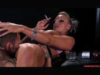 Brooke Fumar Sexo 2