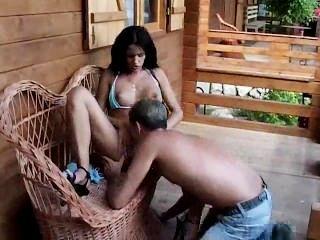 Sexy Nina Roberts Golpes Como Un Campeón