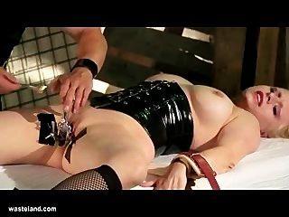 Sexo Bdsm Gyno Inserción Sexual Y Electro Juego