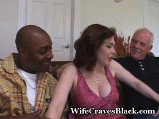 La Esposa Caliente Folla Negro Para El Esposo