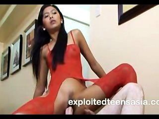 Jill Filipino Aficionado Adolescente 18+ Muy Lindo Follada En Sofá Perfecto