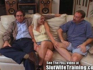 Esposa Blondie Folla 2 Mientras Que Los Relojes Hubby