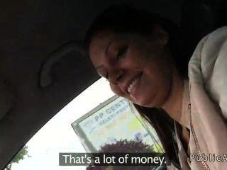 Gril Húngaro Jodido En El Coche Por Dinero