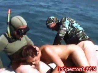 Chica Caliente Follada En Un Barco