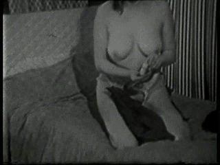 Softcore Desnudos 517 50s And 60s Escena 4