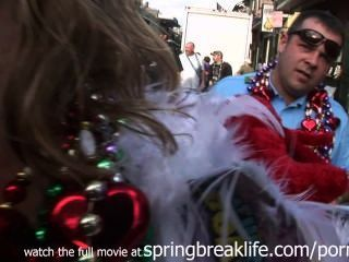 Mardi Gras Calle De Acción
