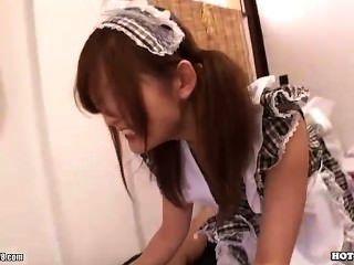 Chicas Japonesas Encantan Secretaria Sexy En Bath Room.avi