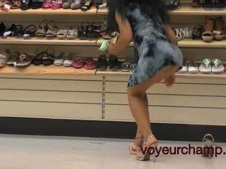 Mi Mujer Panty Y Zapatos De Compras Upskirt!