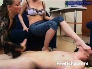 Sexo Asombroso Del Fetiche Del Dedo Del Pie Para La Muchacha