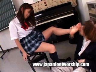 Culto Al Pie Japonés 6
