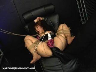 Esclavo Sexo Sumiso Japonés Atado En Cuerda Y Jodido Por Femdom Y Maledom