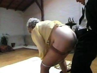 Diversión Y Sexo Con La Abuela
