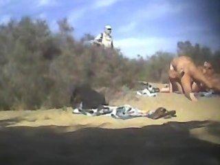 Dogging En La Playa