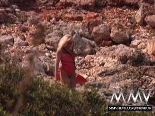 Mmv Películas Kelly Trump Es Un Bebé Baywatch