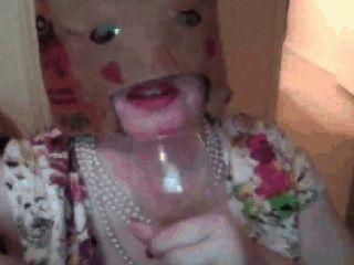 Pixie Mujer Cumpilation: Bebidas Cum De Un Vaso, Come Cum En La Comida, Etc