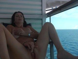 Sexo De Crucero Desnudo En El Balcón