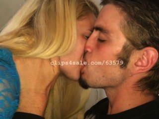 Besando Ac2 Video 1 (vista Previa)