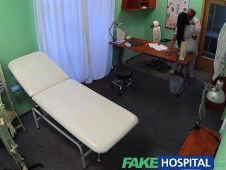 Fakehospital Médicos Polla Y La Promesa De Un Aumento De Salario Dejar Sexy Enfermera