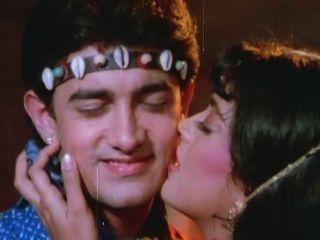 Aamir Khan Da Juhi Un Hickey Tum Mero Ho Caliente Besando Escenas.mp4