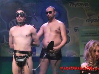 Desfile De Moda Bdsm Sadoma En El Escenario Por Viciosillos.com