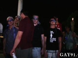 Increíble Escena Gay Tuvimos Estos Studs Haciendo Un Montón De Cosas Extrañas, I