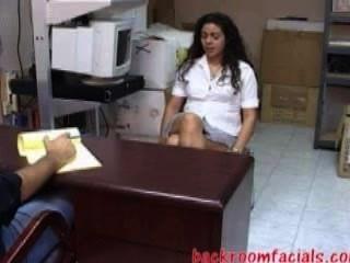 Esta Jovencita Alexis Vino A Una Entrevista De Trabajo ... ¿es Apropiada?