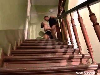 Caliente Alemán Maduro Follada En Las Escaleras